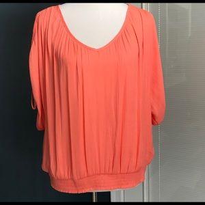 JENNIFER LOPEZ Cold shoulder blouse top Sz M